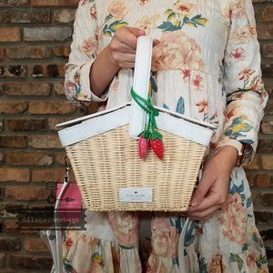 Kate Spade Picnic In Park Basket Strawberry BAG